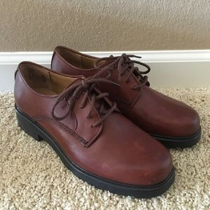 NWOB Bass Leather Dress Shoes